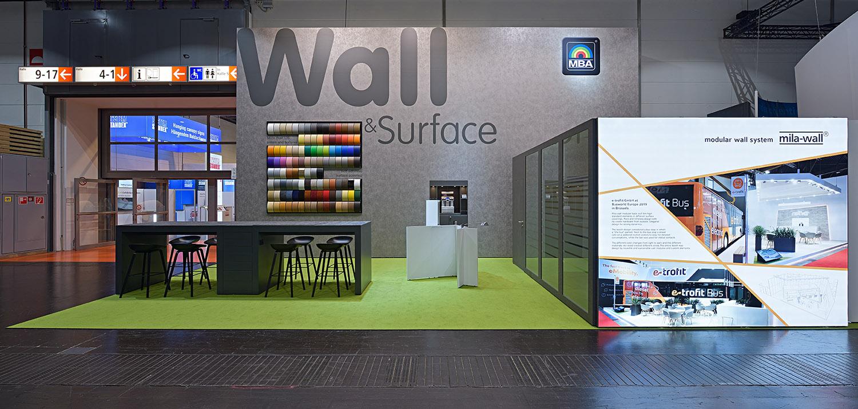 MBA Messestand mit Mila-wall Wandmodulen und Oberflächenfolien
