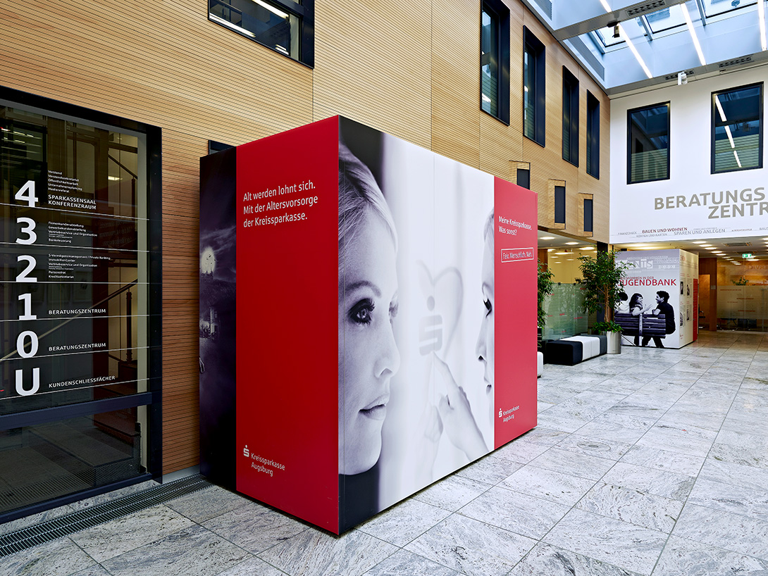 Mila-wall wall modules in the Kreissparkasse Augsburg