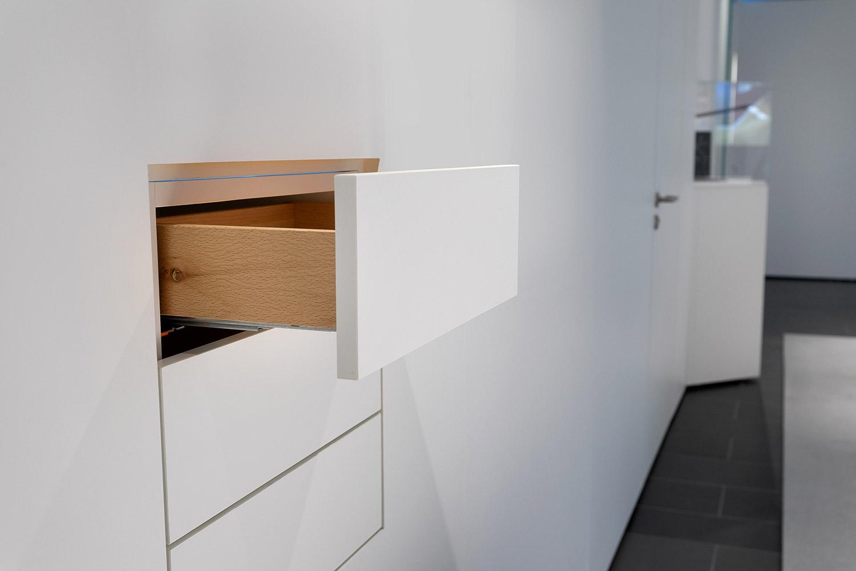 Mila-wall Schubladen und Schränke